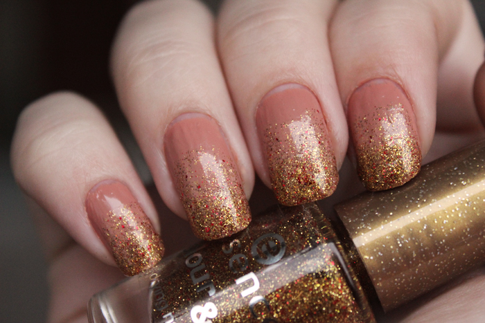 Gradient Glitter Nails - Beauty Lifestyle